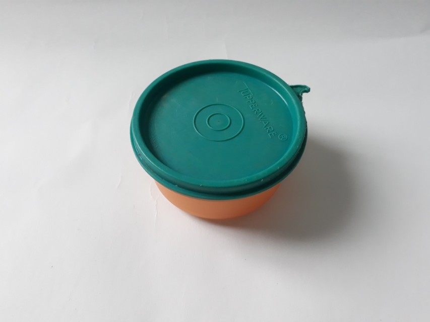 Tempat lauk tupperware