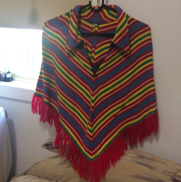 Vintage 1970s Mexican Poncho