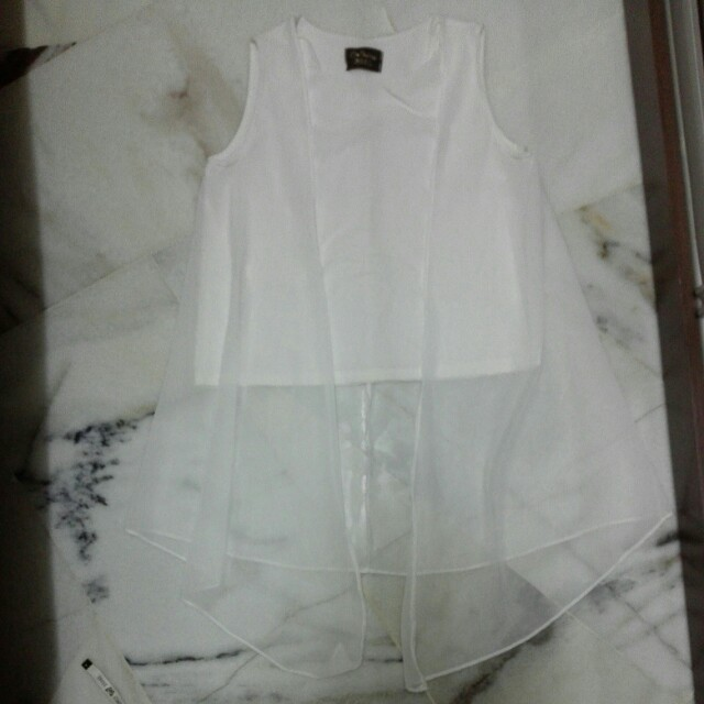 White chiffon top with fake transparent sweater