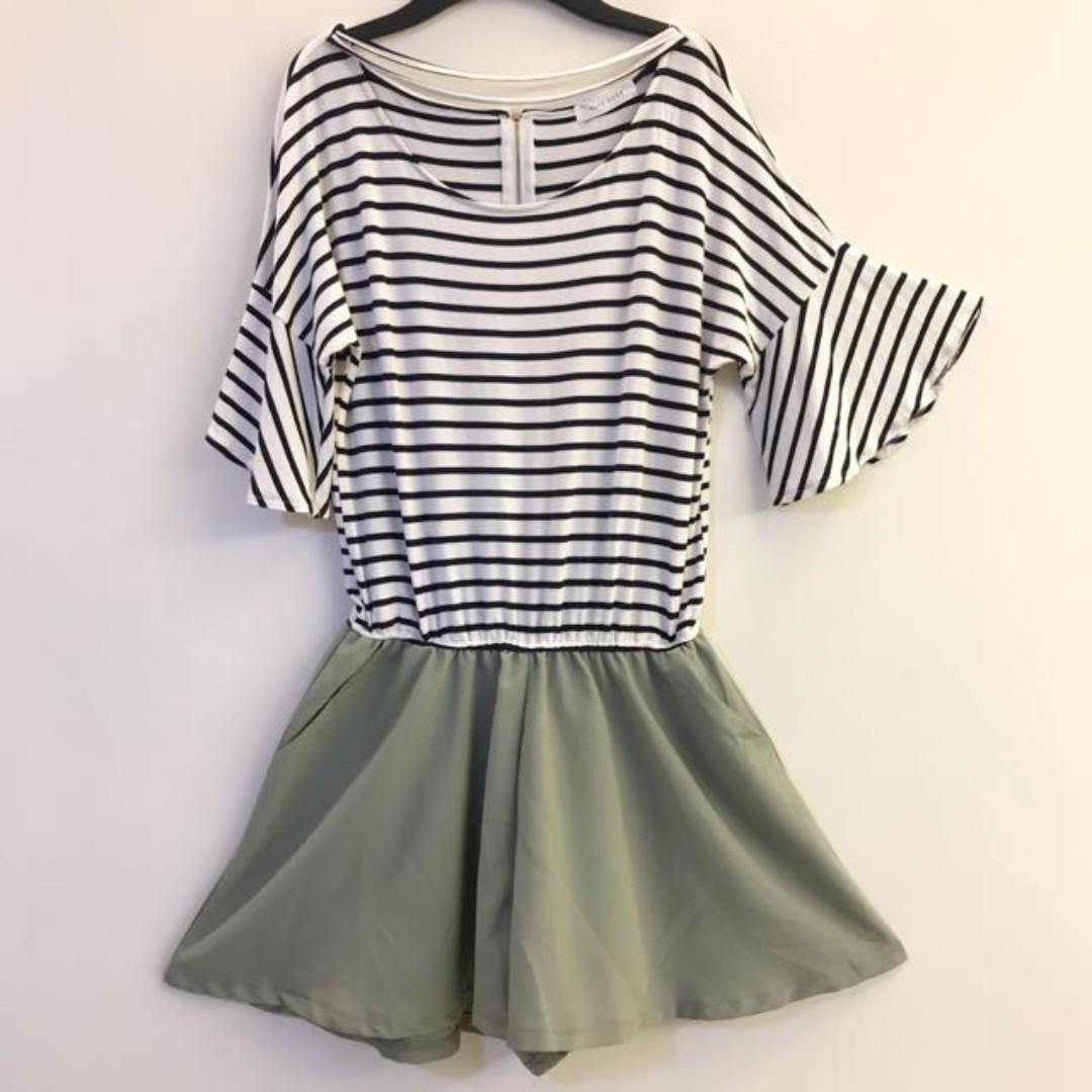 白黑條紋上衣x粉綠色 喇叭袖 連身短褲