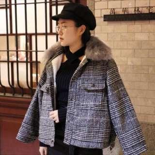🚚 毛呢格紋羔羊外套