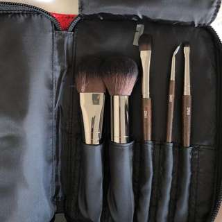Make Up For Ever Cosmetic Brush Set