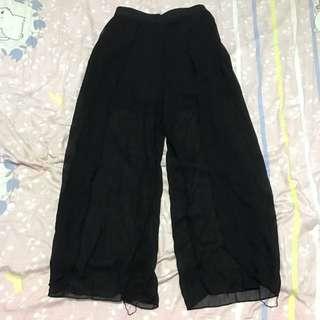 Black Shorts Long Flutter Pants | Size M