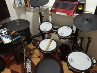 Roland Vdrums TD15KV Electronic Drums (price is for December only)