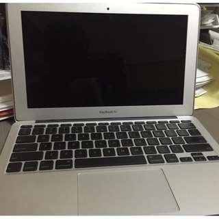 Apple MacBook Air (Late 2011) Laptop NoteBook 11-inch Color LCD Display