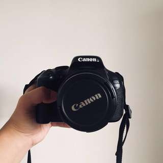 Canon 600D DSLR Camera w/ 18-55 mm lens