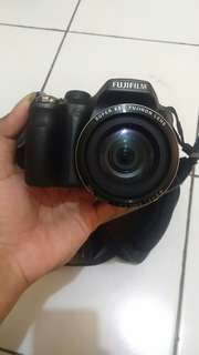 Fujifilm FinePix SL300 2016