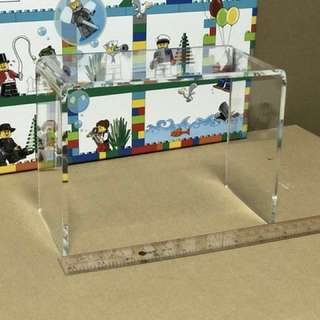 <DEREK> Acrylic Riser/ Display Stand