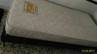 Queen Size Mattress With Bed Frame