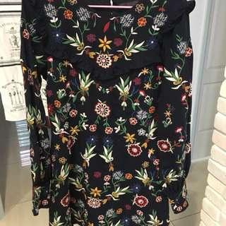 Zara滿滿花卉花朵刺繡荷葉邊洋裝