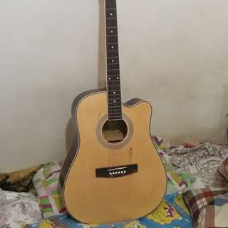 2nd Hand Acoustic Guitar