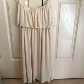 LIKe NEW Forever New Halston Heritage Copy Pleated Bridal Summer Spring Party Cocktail Dress - Size 8