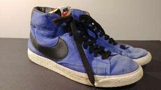 Nike blue sneakers US 10
