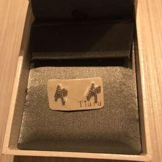 韓國閃石字母K耳環