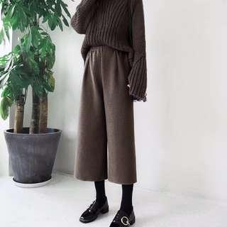 卡其色韓版針織9分寬褲