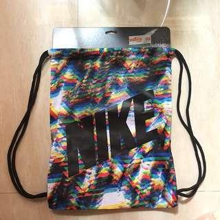 全新Nike索繩背包
