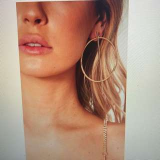 White Fox Geo Oversized Earrings in Gold