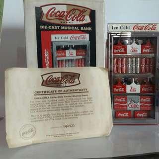 全新可口可樂汽水機金屬錢箱  櫃門可打開