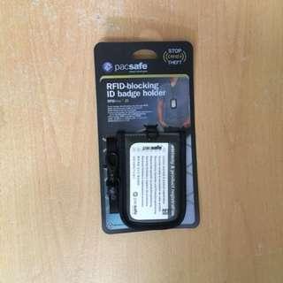 Pacsafe rfid-blocking id badge holder