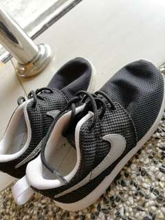 Preluv nike authentic