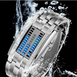 Jam tangan retro digital