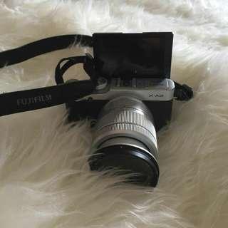 Mirrorless Fujifilm XA2