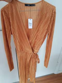 Gold pleated wrap dress xxs bnwt