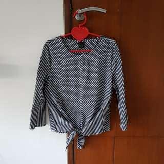 Iora grey top