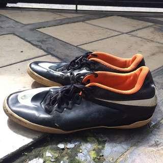 Nike Sepatu Futsal