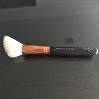 Zoeva Blusher Brush (Inspired)