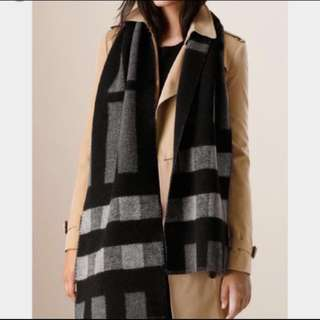 Burberry Check Wool Scarf 黑 x 灰色 頸巾 Full set