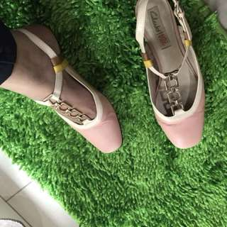 Clarks pink nude