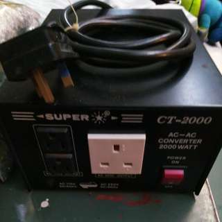 2000watt 變壓器 110AC<>220AC