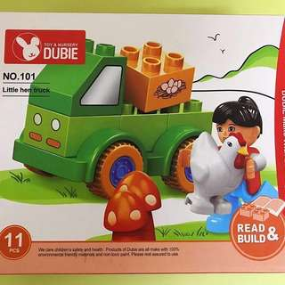 Little Hen Truck (11 pcs)