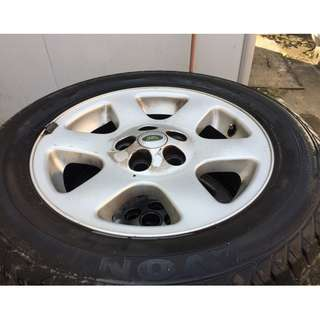 Land Rover Tyre 255-55R18