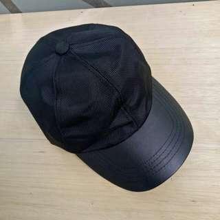 Topi zara black