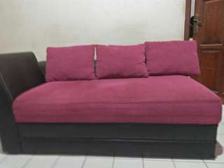 Sofa bed 1 set dan sofa biasa 1