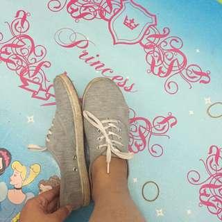 Sepatu rubi original size 37