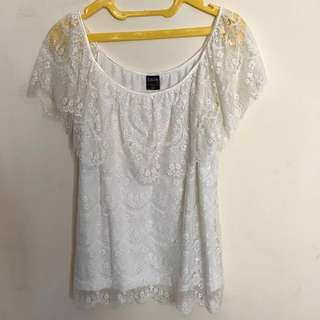 Body&Soul Lacy off white cloth
