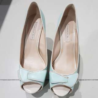 Charles n keith pump Shoes