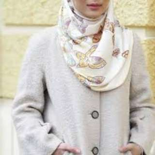 The butterfly duck shawl yellow