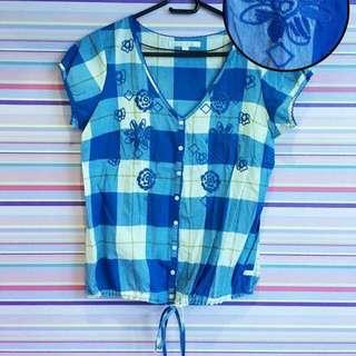 Kamiseta checkered-embroidered blouse