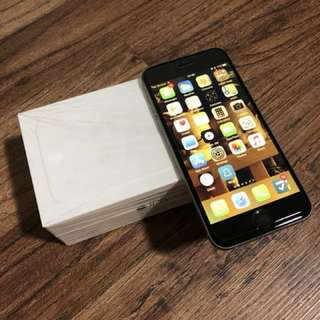 iPhone 6 64gb Space Gray (9/10 exterior 10/10 working)