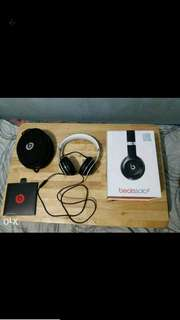 Beats Solo 2 Luxe Edition - black and silver