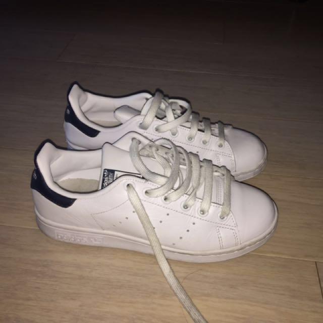 Adidas Stan smiths black and white