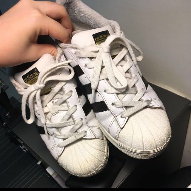 Adidas Superstar 金標運動鞋