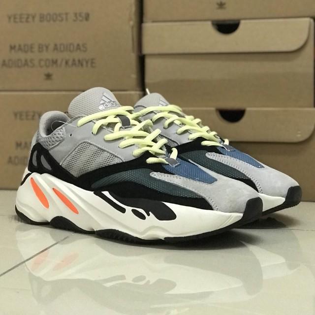 1793da5249ed0 Adidas Yeezy 700 Wave Runner