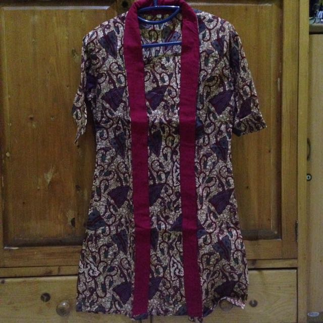 Batik dress maron