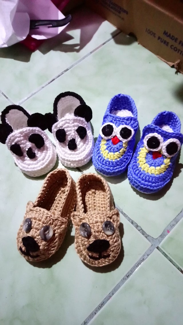 Crochet shoes for baby boy