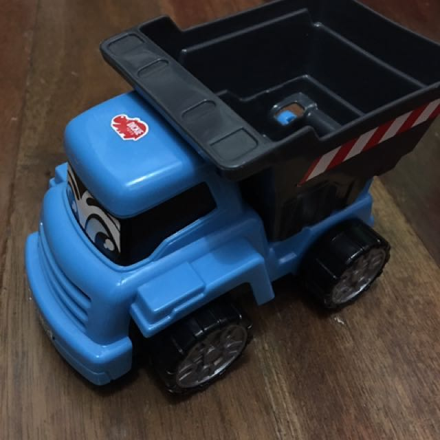 FLASH SALE: P100 Pre Loved Toys